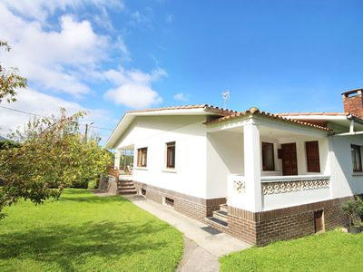 Photo for Great house with Garden. 3 km from the beach. For 6/7 people