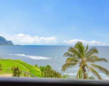 Photo for Oceanfront Condo in Paradise with Stunning Views, Beach Access, & A/C