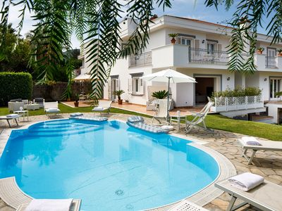 Photo for Villa Lia with Private Pool, Garden and Parking