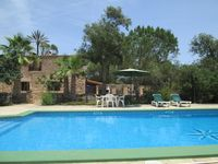 Fantastic property and pool - highly recommended