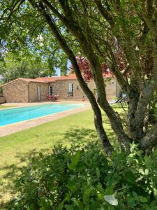 Photo for Charming house with swimming pool, in the heart of the vineyard & 30min from Nantes
