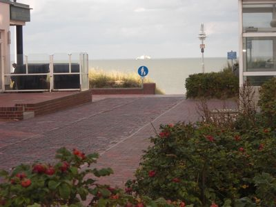 Photo for Bright and friendly apartment, 50 m from the beach, 37 m²