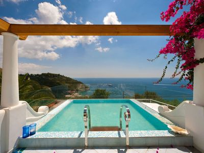 Photo for This amazing three-story villa boasts breathtaking views of the island of Capri - Great Offers !!