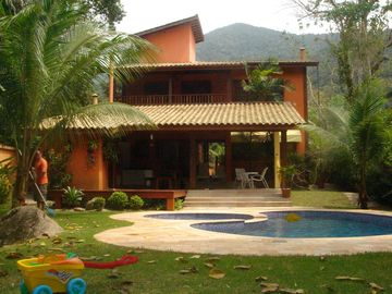 Luxury House in Ubatuba in Felix Beach for an unforgettable trip.