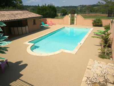 Photo for Dordogne Valley, Sarlat, Pool, Quiet Wifi