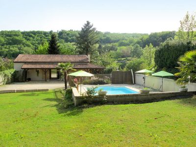 Photo for Vacation home Ferienhaus mit Pool (LAE100) in Sarlat-la-Canéda - 7 persons, 3 bedrooms