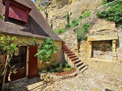Photo for The House of Gabarrier with stunning views of the Dordogne