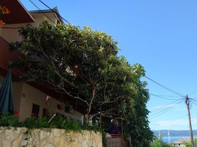 Photo for One bedroom apartment with terrace and sea view Sumpetar (Omiš)