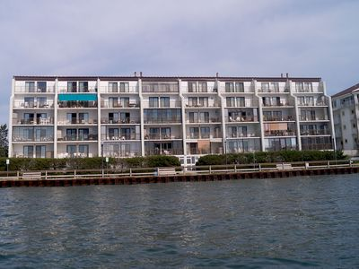 Photo for Crab Cove On The Bay 406-Baywater 3rd St,Free WiFi,Pool,Elev,W/D,AC