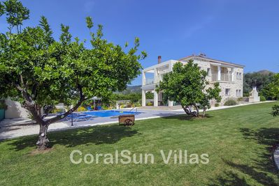 Beach Front Stunning Villa Large Garden Pool Privacy Near To Amenities Argaka