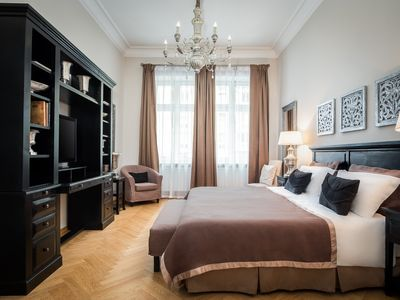 Photo for Experience Berlin, in an Elegant 2 Bedroom, 2 Bathroom Luxury Apartment