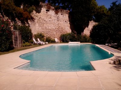 Photo for Atypical house with character: panoramic Alpilles, Luberon, and Ventoux views
