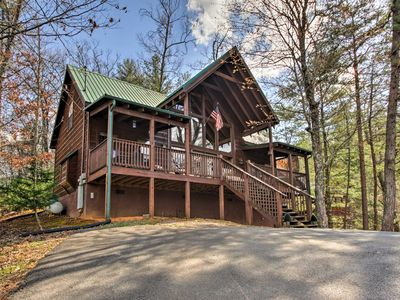 Photo for Sevierville Cabin w/ Deck & Smoky Mountain Views!