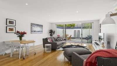 Photo for Stylish Townhouse, Walk to the Beach, Pet Friendly (Managed by Boutique Stays)