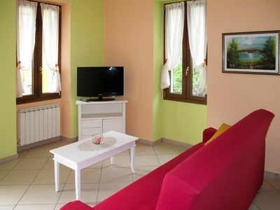 Photo for Beautiful apartment for 4 people with WIFI, TV, balcony and pets allowed