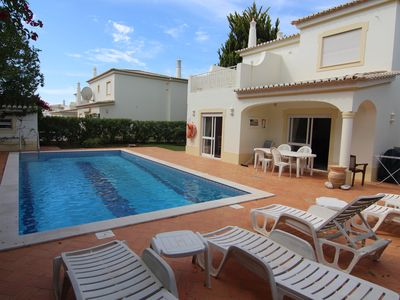 Photo for Vila Oásis, 2 outdoor pools and 1 indoor, Jacuzzi, Tennis and Children's Playground