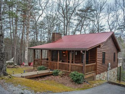 Photo for 2 Br / 1 Ba, Lake Access, Hammock, Fire Pit, Cable TV, WIFI, Gas Log Fireplace, Picnic Table, Games