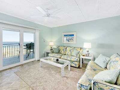 Beautiful ocean front 2 bedroom condo on 50th Street