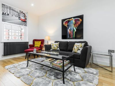 Photo for Beautiful 2 bed flat near Regent's Park