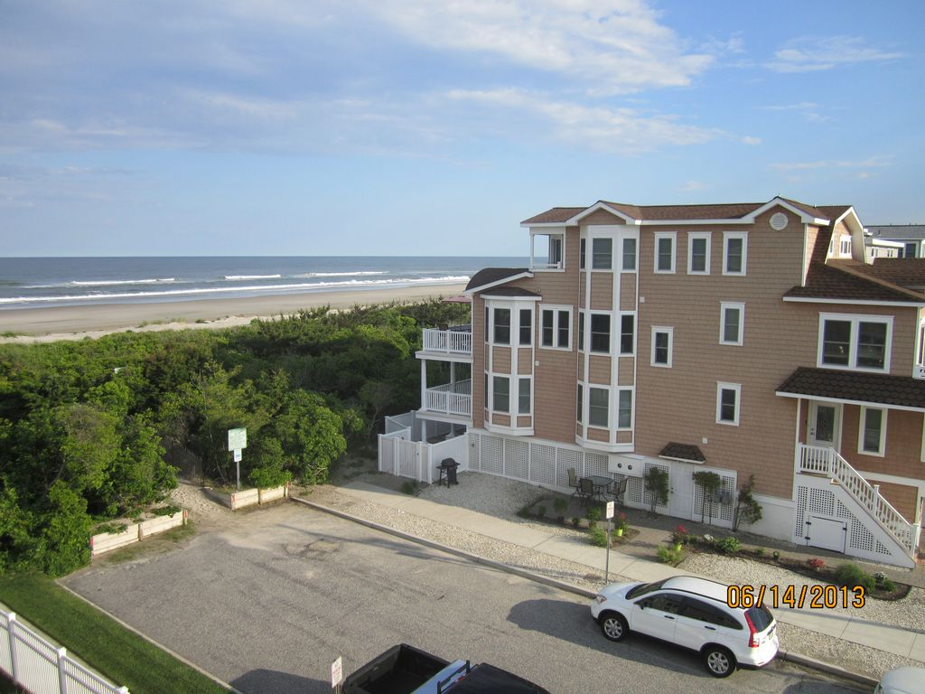 Luxury Beachfront with spectacular... - HomeAway Sea Isle City