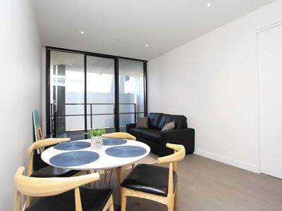 Photo for A Modern & Comfy 2BR with Stunning Rooftop Views