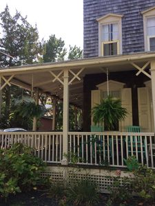 Photo for Perfect couples getaway, great location, well appointed, lovely porches, quiet.