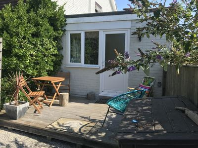 Photo for A gorgeous light annex 1 minute from the beach and near Goodwood. Come and relax