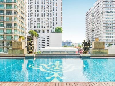 Photo for Charming one bedroom near Thonglor BTS/Nightlife