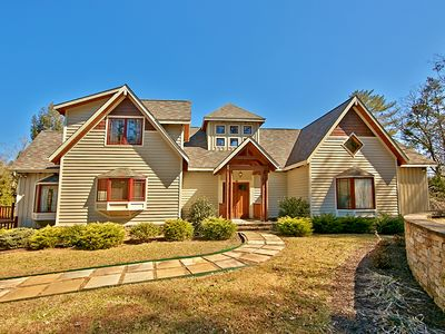 Photo for The perfect retreat just minutes from downtown Pigeon Forge and Gatlinburg!