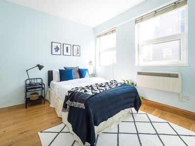 Photo for Modern 2 bed flat in the heart of Mayfair