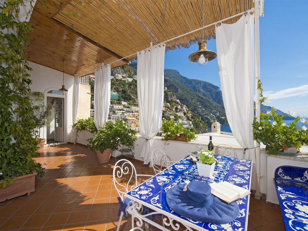 Casa noemi 4 2 sleeps apartment at exclusi homeaway for Casa positano