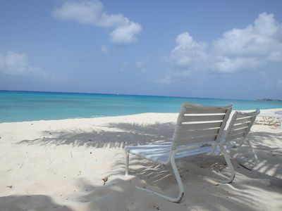 Photo for Cozy Cottage on Cemetery Beach - prime location, amazing beach and snorkeling!