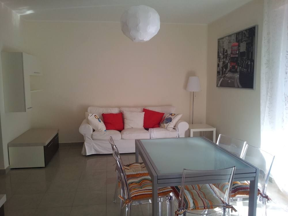 Roseto Degli Abruzzi Apartment Rental   Dining Room