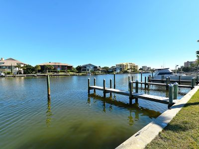 Deep draft boat docks, free for guest use - easy access to the ICW and Gulf