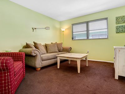 The Cottage, also know as Fort Myers Inn is a Key West styled two bedroom, one bath second floor beach bungalow located on the north end of the island.