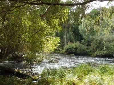 Private access to the Yarra River