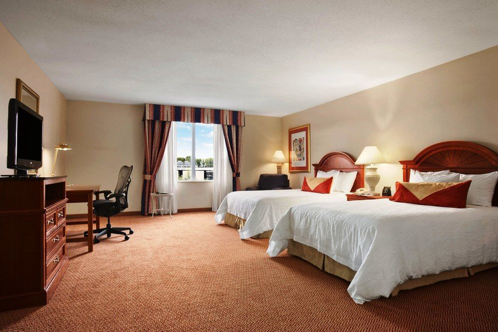 hilton garden inn syracuse room accessible - Hilton Garden Inn Syracuse
