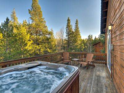 Photo for Rustic Tahoe Donner Cabin w/ Hot Tub & HOA Access