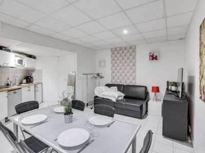 Photo for Spacious Family Flat in the 10th Arrondissement