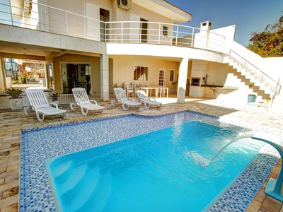Photo for Bello Sobrado with 4 bedrooms with air conditioning, swimming pool, barbecue and wifi
