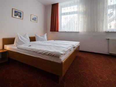 """Photo for Standard Double Room, Shower, Toilet - Hotel """"Zur Post"""""""