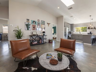 Photo for Eclectic House in Joshua Tree! Close to the National Park entrance and down town