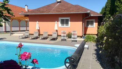 Photo for Bungalow with Pool and Internet