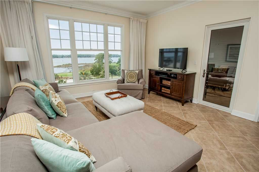 Gorgeous Completely Renovated Two Bedroom Unit Right On The Bay Cutler Bay Florida