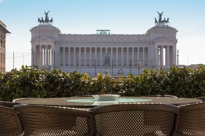 Just from this penthous you will enjoy the view of the Vittoriano