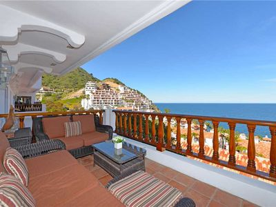 Photo for Luxurious Villa w/ Spectacular Views, Fireplace, Romantic Private Balcony
