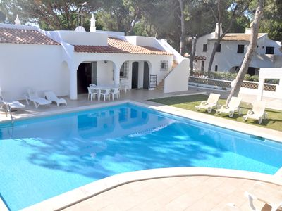 Photo for Single storey villa, Golf facing and walking distance to the centre