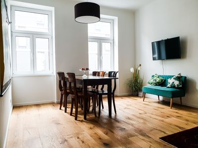 Photo for 3BR Apartment Vacation Rental in Brigittenau, Wien