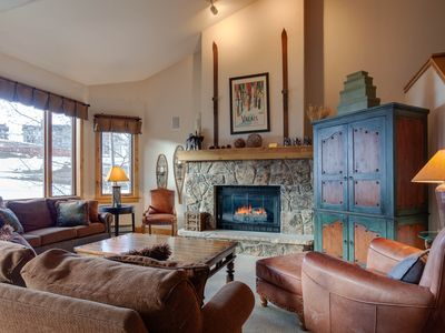 Photo for Amazing on-the-slopes condo w/ shared pool & hot tub - hike & bike close by!