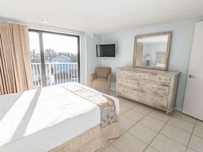 Photo for Oceanfront! 2 Br!  Pool!  Hot Tub! Amazing View 2A